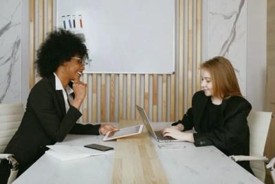 tenha uma carreira de sucesso começando pela sua efetivação no mercado de trabalho