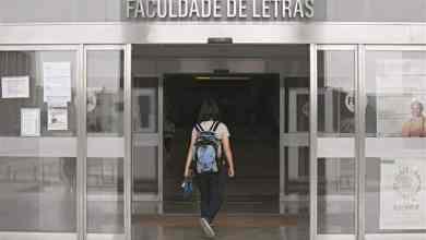 Photo of Alunos da Faculdade de Letras em protesto