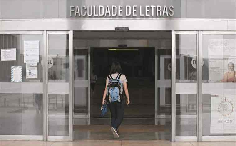 Protesto de alunos da faculdade de letras