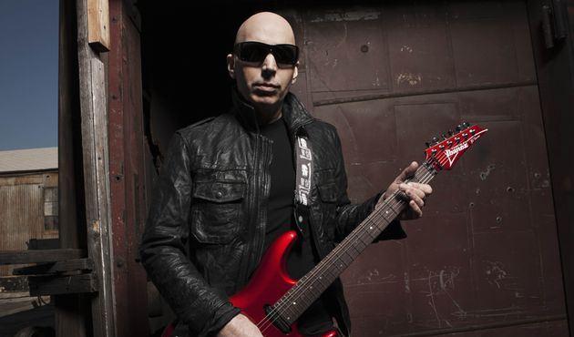 Joe Satriani: box com todos discos de estúdio do guitarrista sai em abril