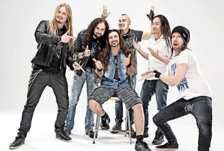 DragonForce: banda anuncia mudança nas baquetas
