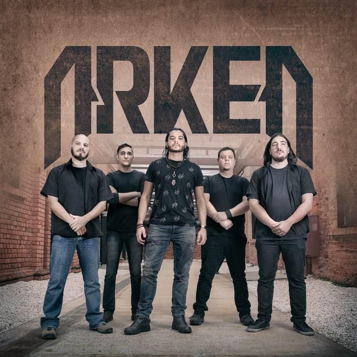 "Arken: assista ao novo lyric vídeo ""Fast Dog (Bites Hard)"