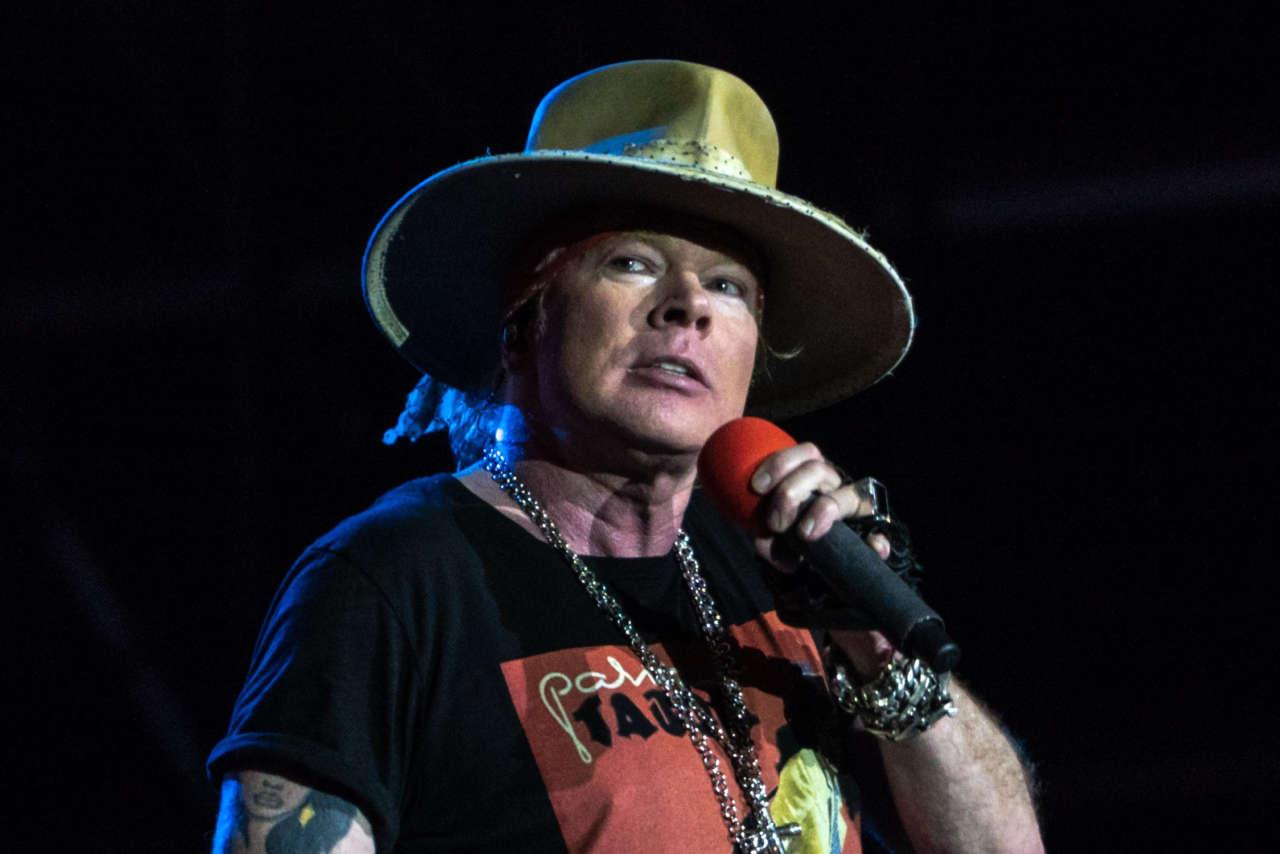 "Guns N' Roses lança camiseta ""Live N' Let Die With COVID 45"" com referência a Donald Trump"