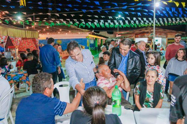 62328647 2280933345452513 3867840391914979328 n 620x413 - Genival Matias participa de abertura do São João de Juazeirinho e etapa do Supercross