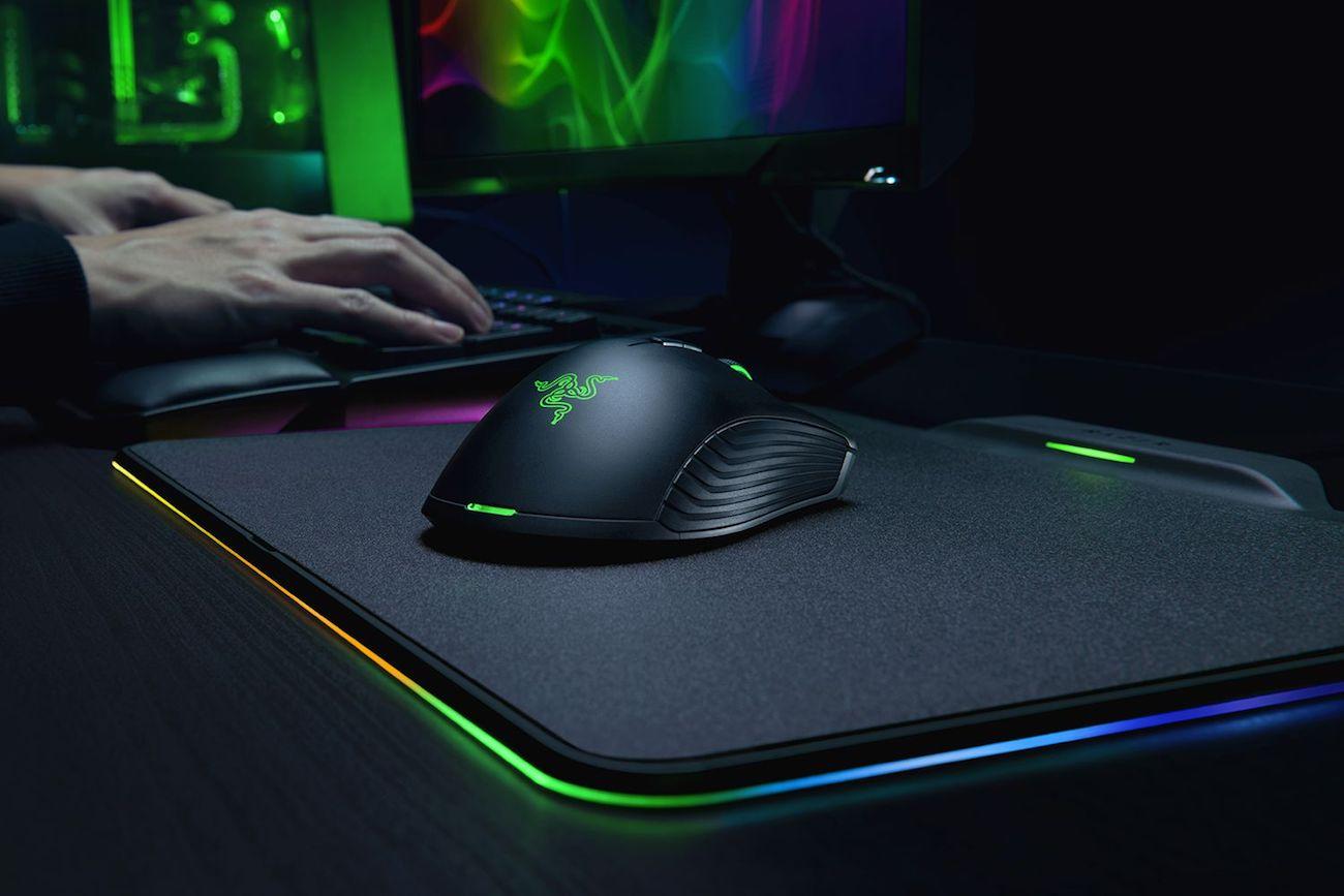 Razer Mamba Hyperflux Wireless Gaming Mouse 01