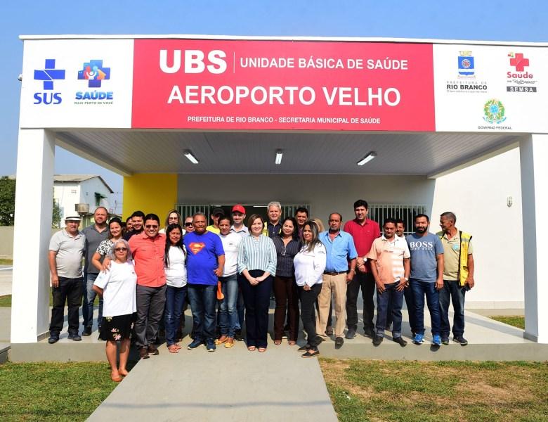 Socorro Neri visita obras da Unidade Básica de Saúde do Aeroporto Velho e garante inauguração em breve
