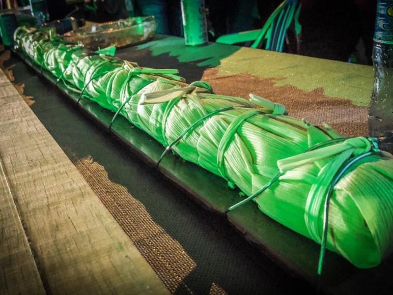 Pamonha gigante atrai atenção no Festival do Milho de Porto Walter