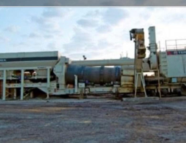 Caminhoneiros fecham usina de asfalto de empresa que recupera a BR-317 por falta de pagamento