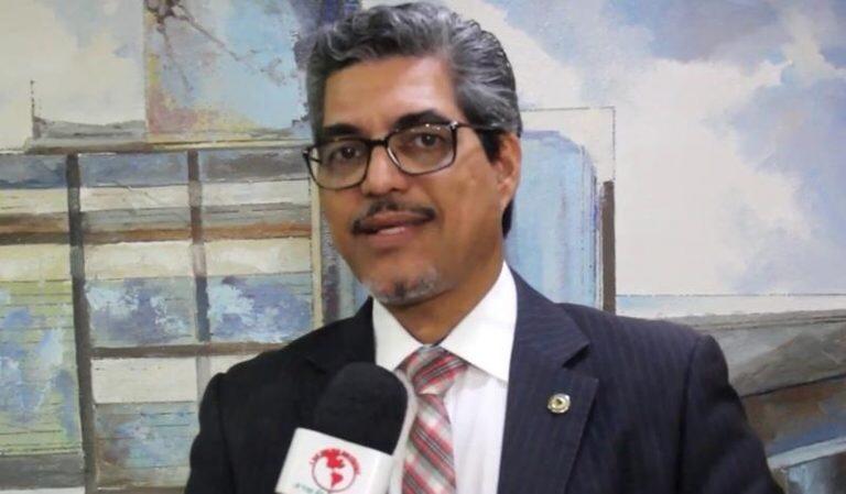 Secretário adjunto da Saúde de Gladson Cameli é um alienígena, diz deputado Edvaldo Magalhães