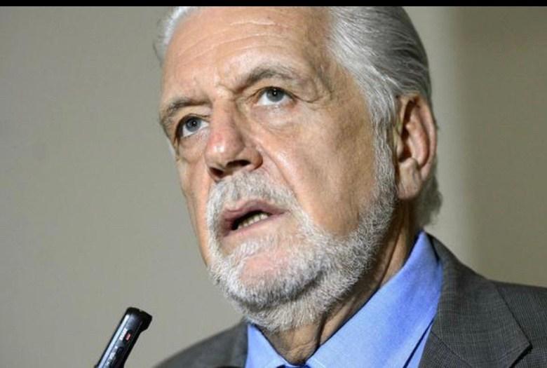 """Jaques Wagner pede renovação """"geracional"""" no PT e independência do partido em relação a Lula"""