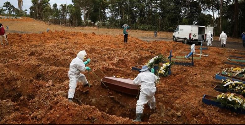Brasil registra 1,9 mil mortos por Covid e supera nova marca diária