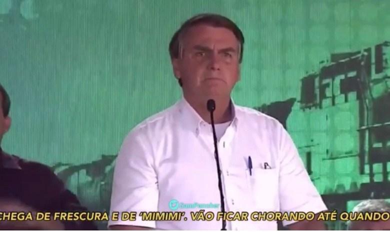 """VÍDEO: Um dia após o Brasil registrar mais de 1,9 mortes, Bolsonaro dá um recado ao povo: """"Chega de frescura, de mimimi"""""""