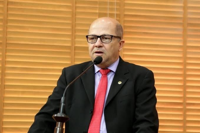 Será que o PT terá coragem de expulsar o deputado Jonas Lima por infidelidade?