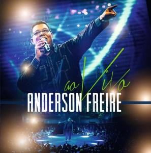 O álbum também não é de 2015, mas no ano passado vendeu mais do que em seu mês de lançamento, deixando Anderson Freire numa posição dos que mais vendem discos no país.