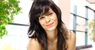 Cantora gospel Marcela Taís.