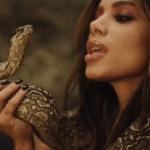 Anitta ironiza pacto com Diabo em publicação.