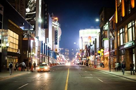 Toronto di notte