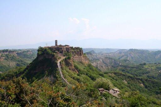 Visitare Civita Bagnoreggio la citta' che muore