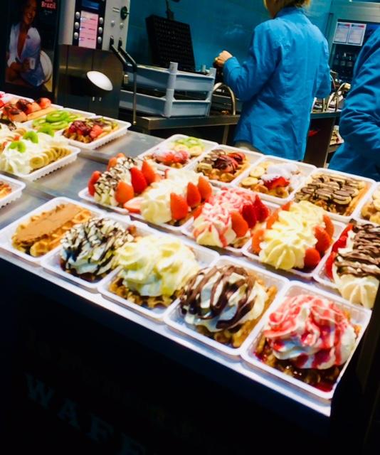 assaggiare waffle a Bruxelles