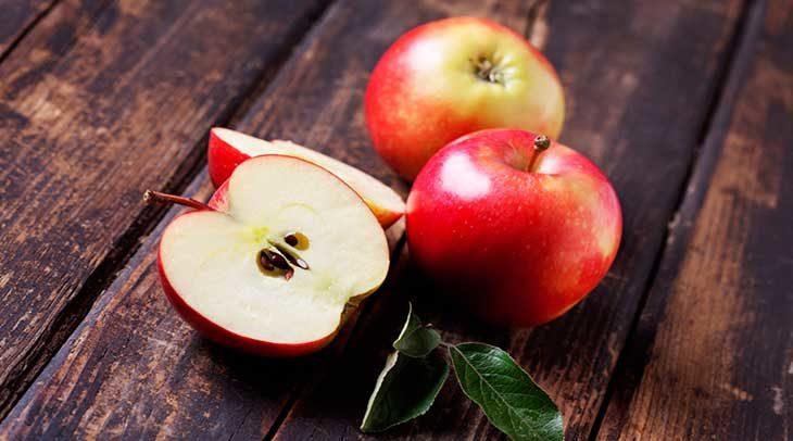 La mela, tra nutrizione ed estetica, come usarla