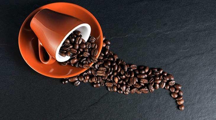 Il caffè, benefici e controindicazioni