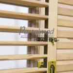 Janela com venezianas articuladas - Venezianas móveis - Shutters