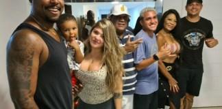 Rennan Ribeiro , Julio Cesar no colo, Fernanda Coutinho, Alexandre Cabral, Mc Moranguinho, Cleide Francis e Gutto Neves