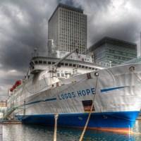 Logos Hope, a maior biblioteca flutuante do mundo