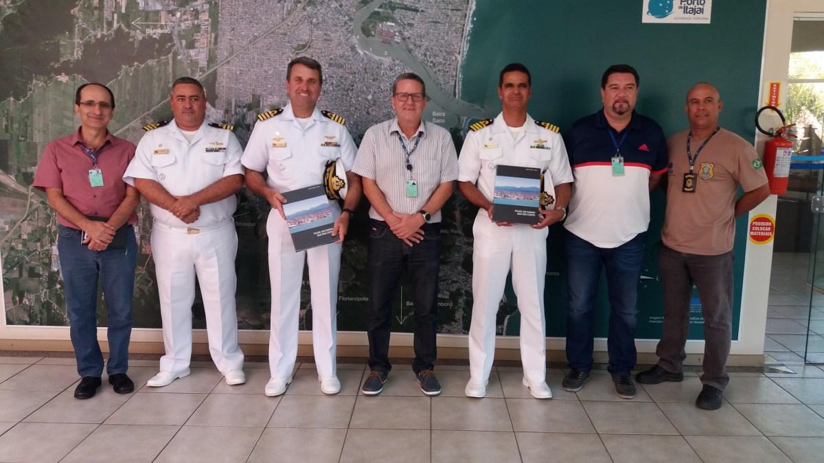 Novo Capitão dos Portos de Santa Catarina visita Superintendência do Porto de Itajaí
