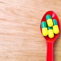 Qual Antibiótico Escolher para o Tratamento da Otite Média Aguda?