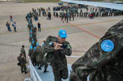 Campinas - Aeroporto de Viracopos - Embarque do último contingente Militar Brasileiro para Missão de Paz no Haiti (MINUSTAH). Foto: Tereza Sobreira
