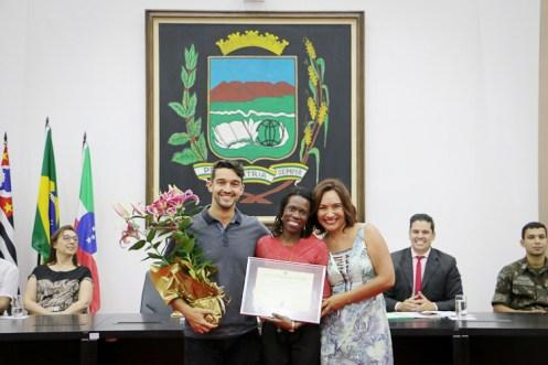 Sessão Solene Dia do Professor na Câmara de Pindamonhangaba. (Foto: Divulgação/CMV)