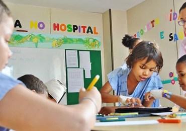 Projeto Escola no Hospital promove educação