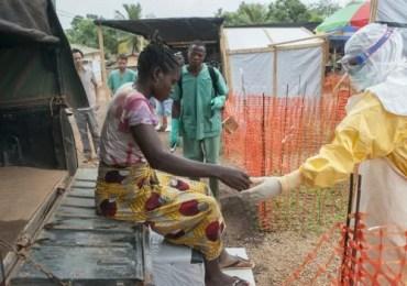 Afetados pelo ebola necessitam de US$ 700 milhões para reconstruir saúde
