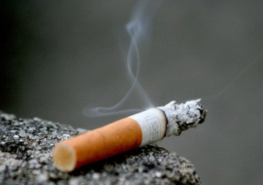 Fumar aumenta risco de desenvolver esquizofrenia