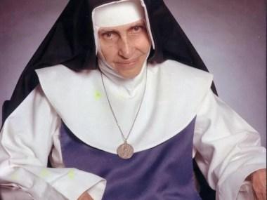 Dom Murilo celebra missa solene em homenagem a Irmã Dulce