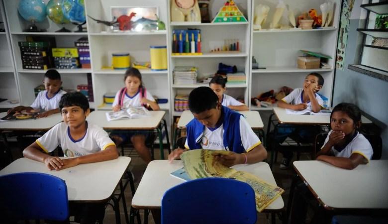 Crianças voltaram às aulas e o cuidado com a saúde deve ser redobrado