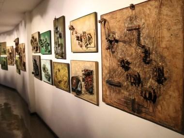 Apae promove mostra de quadros e esculturas oriundas de reciclagem