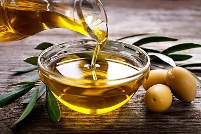 Ministério da Agricultura suspende venda de 33 marcas de azeite por adulteração