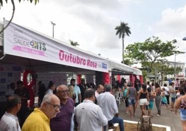 Feira de saúde prossegue nesta terça- feira (01) -  Outubro Rosa em Salvador
