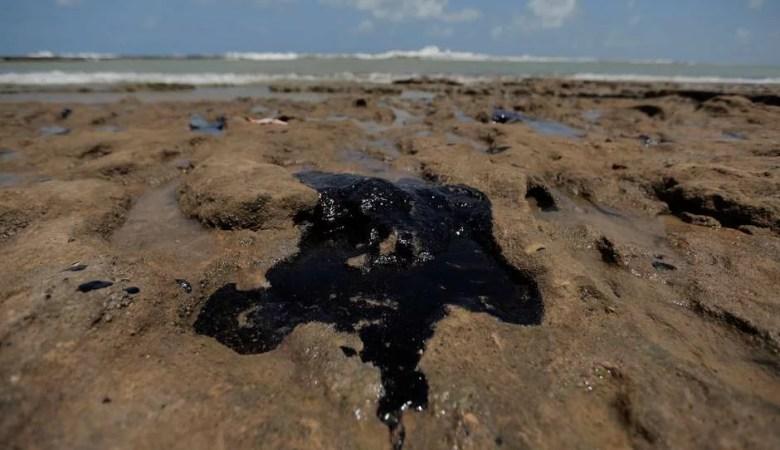 Lista de praias afetadas por óleo na Bahia
