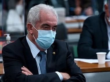 Senador baiano, membro da CPI, testa positivo para Covid - 19