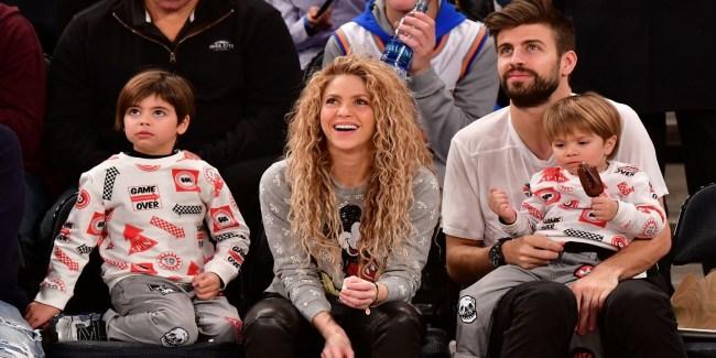 Mamãe coruja Shakira comemora a primeira formatura de Milan