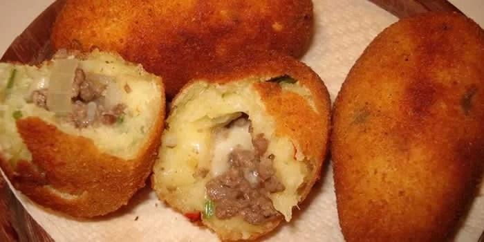 bolinho-salgado-de-macaxeira-mandioca-2