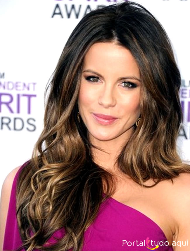 corte longo boho Kate Beckinsale