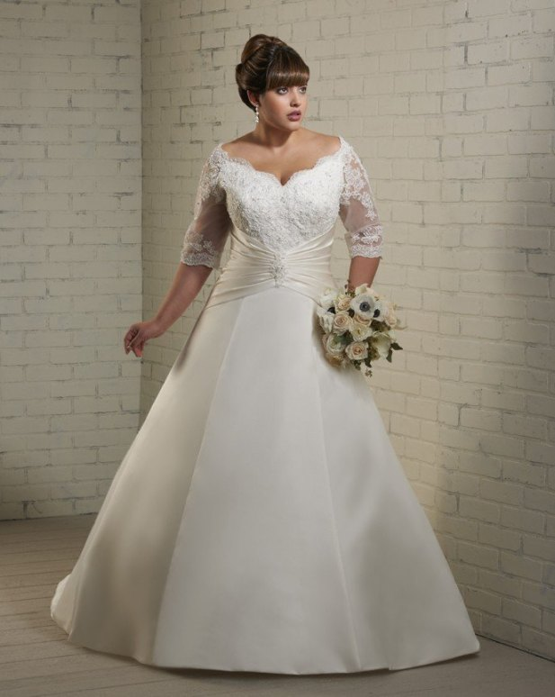 long-sleeve-plus-size-wedding-dress