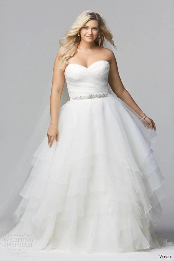 wtoo-brides-curve-spring-2014-strapless-plus-sized-wedding-dress-style-12011-cecilia