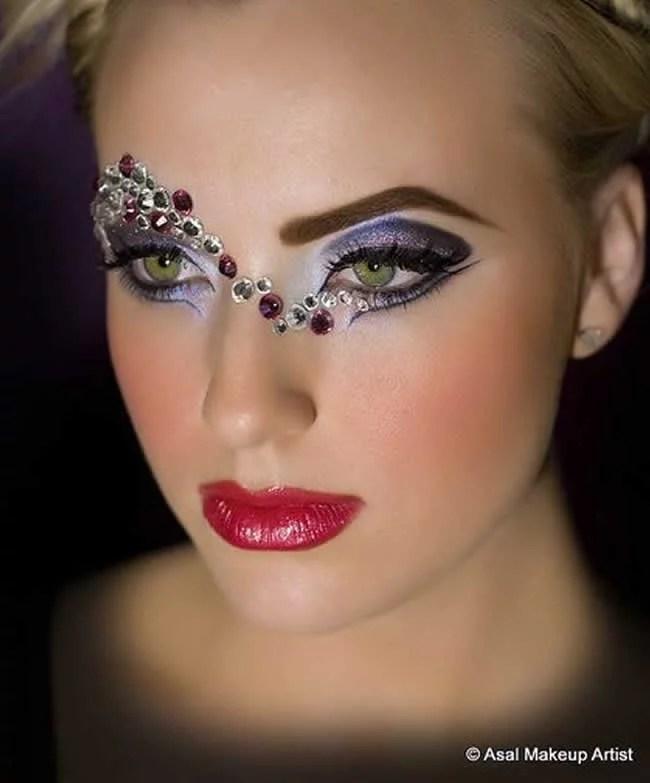 Adesivo De Parede Harry Potter ~ Maquiagem com brilho para o carnaval Como usar glitter, paet u00eas ou strass no make Portal Tudo Aqui