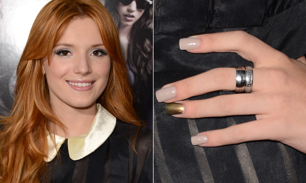famosos-bella-thorme-unhas-decoradas