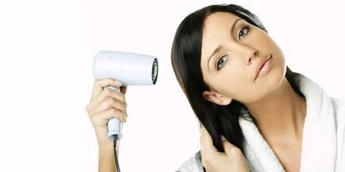 jato-frio-depois-de-fazer-escova-para-evitar-o-frizz